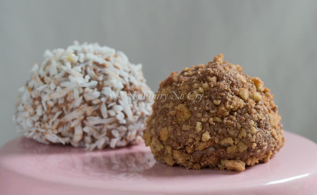 chocolate chip cheesecake truffles4