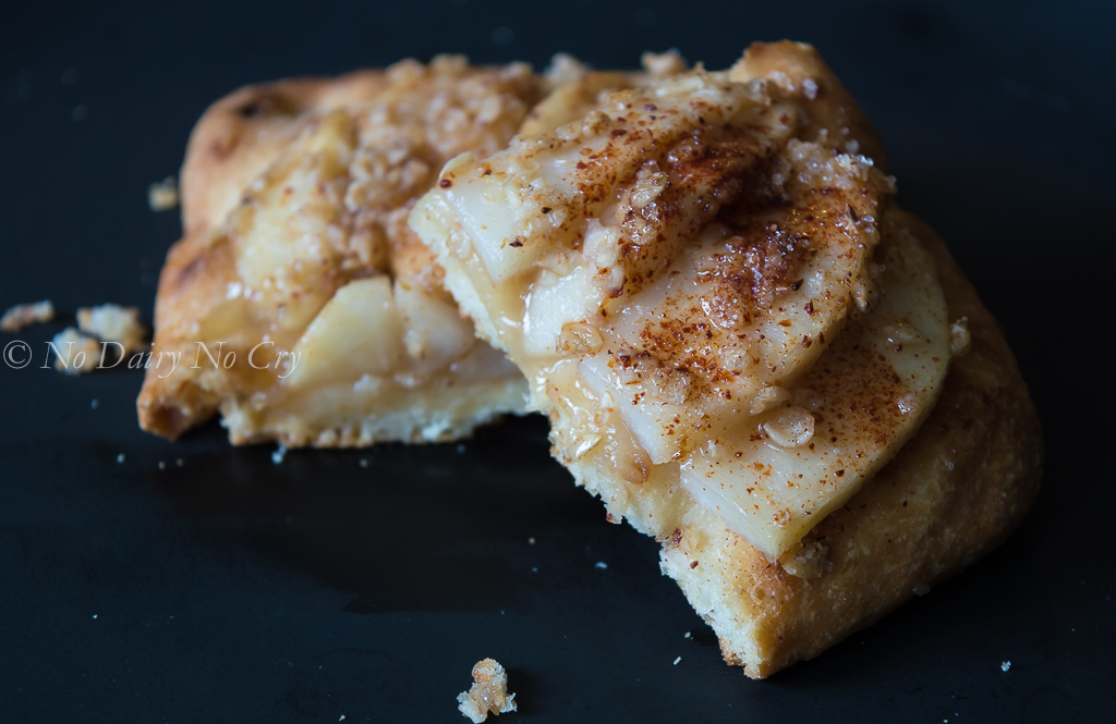 Quick Thin Crust Pizza PLUS Tasty Cinnamon Pear Flatbread