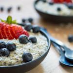 berry oatmeal breakfast bowl6a