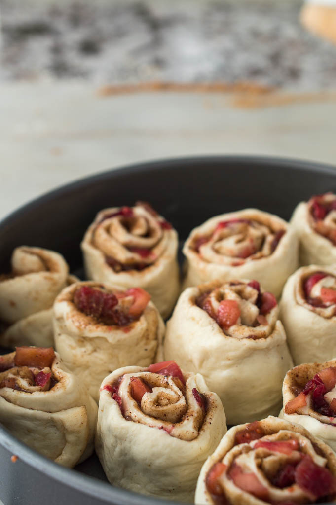 cranberry-apple-cinnamon-rolls8