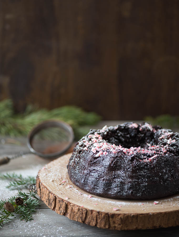 chocolate-peppermint-bunt-cake15