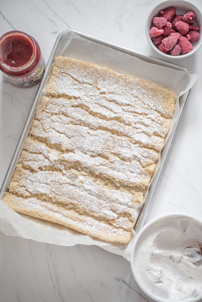 sheet cake with many cracks in it